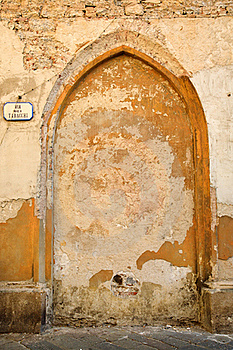 Old Wall In Italy With Sign Stock Images - Image: 19470164