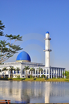 A Mosque In Malaysia Stock Photography - Image: 19470952