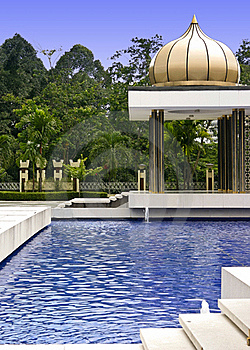Peaceful Oriental Garden Stock Images - Image: 19480224