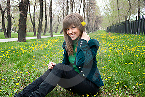 Young Girl In The Park Royalty Free Stock Photo - Image: 19502235