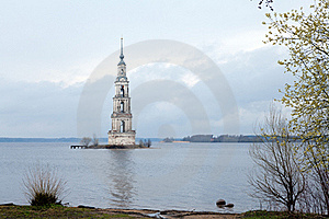 Flooded Belltower In Kalyazin Royalty Free Stock Photos - Image: 19543938