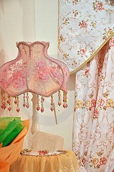 Roze Lamp En Gordijn Royalty-vrije Stock Fotografie - Afbeelding: 19557967