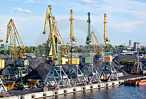 Cargo Port Royalty Free Stock Photography - Image: 19574907