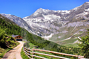 Mountain Scenery In The Oetztal Alps Royalty Free Stock Image - Image: 19583306