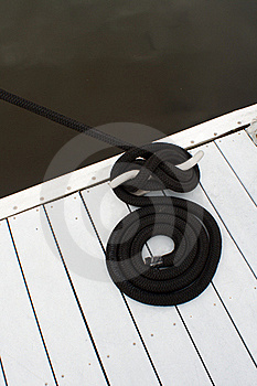 Dock Cleat And Rope Stock Image - Image: 19583851