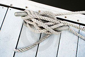 Dock Cleat And Rope Royalty Free Stock Photo - Image: 19583875