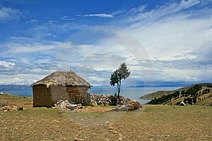 Lonely House By The Lake Stock Images - Image: 19609324