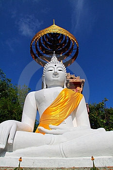 The Big White Buddha Stock Photo - Image: 19611500
