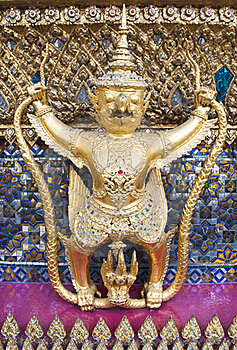 Statue Of Beautiful Garuda Stock Images - Image: 19627314