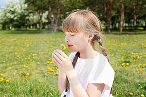 Little Girl In Spring Park Royalty Free Stock Photography - Image: 19693817