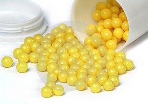 Vitaminen Op Een Witte Achtergrond Stock Foto - Afbeelding: 1979280