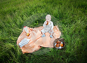 Picnic Stock Photography - Image: 19716832
