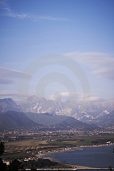 View Of The Apuan Alps Royalty Free Stock Image - Image: 19731616