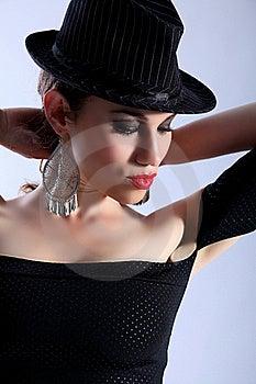 High Fashion Headshot Beautiful Model Wearing Hat Royalty Free Stock Photography - Image: 19737317