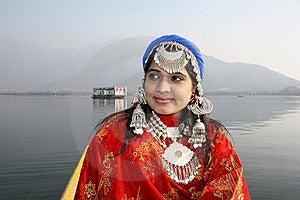 Beautiful Kashmiri Girl With Dal Lake Background Stock Photos - Image: 19778143
