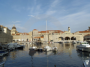 Dubrovnik Harbor At Dawn Royalty Free Stock Image - Image: 19784206