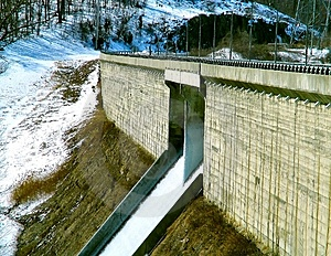 Dam Stock Photography - Image: 1981922