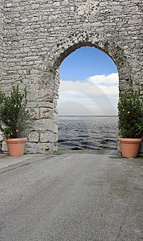 The Door Of The Sea Royalty Free Stock Photos - Image: 19813818