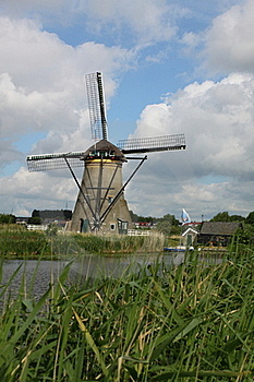 Windmill At Kinderdijk Royalty Free Stock Photography - Image: 19838827