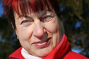 Starsza Uśmiechnięta Kobieta Obraz Stock - Obraz: 19854981