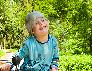 Boy Play In The Park Royalty Free Stock Photos - Image: 19874078