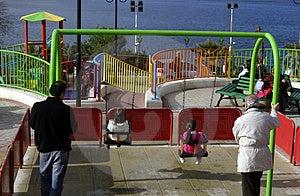 Oscilación Foto de archivo libre de regalías - Imagen: 1996055