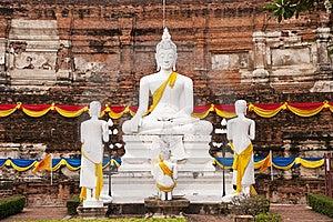 White Buddha Statue Royalty Free Stock Image - Image: 19911526