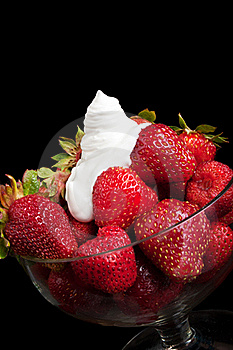 Appetizing Strawberry And Cream Stock Photography - Image: 19916712