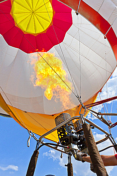Hot Air Balloon Royalty Free Stock Images - Image: 19917579