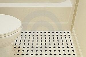 Bathtub And Toilet Royalty Free Stock Photography - Image: 19921807