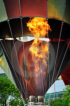 Heating The Balloon Royalty Free Stock Photo - Image: 19933905