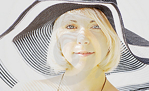 Luxury Woman In Hat Royalty Free Stock Photography - Image: 19949917