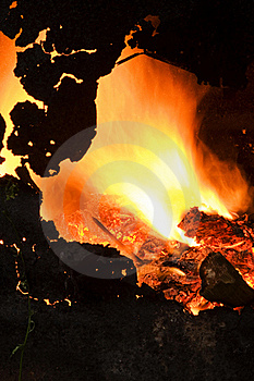 Campfire In An Old Iron Barrel. Stock Photos - Image: 19979863