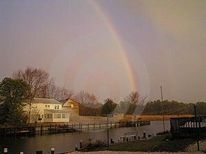 Regenbogen am Stout-Nebenfluss Lizenzfreie Stockbilder