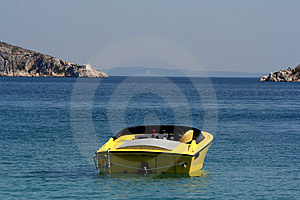 Speedy Boat At Sea Free Stock Images