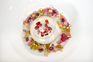 Creme Berry Dessert At Nice Restaurant Royalty Free Stock Images - Image: 2008359