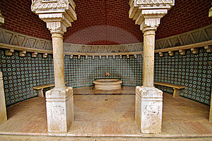 Sintra Moorish Fountain Stock Photography - Image: 20034402