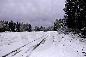 Snow Covered Road Free Stock Photography