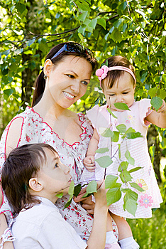 Mom With Kids Royalty Free Stock Photo - Image: 20129835