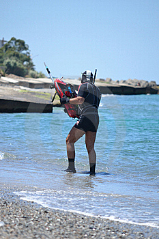 Diver Ready To Dive Royalty Free Stock Photo - Image: 20277665