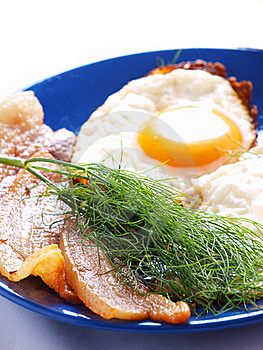Scrambled Eggs With Fried Bacon Stock Images - Image: 20300274
