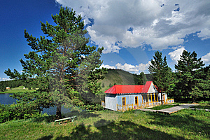Red Log Cabin Royalty Free Stock Photo - Image: 20359205