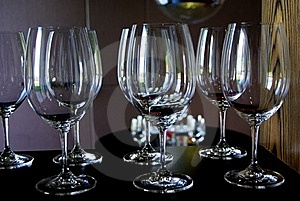 7 Wine Glasses Free Stock Photography