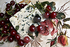 Cherry And Roquefort Cheese Stock Photos - Image: 20404603