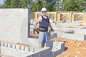 Mason With Concrete Block Royalty Free Stock Image - Image: 20448466