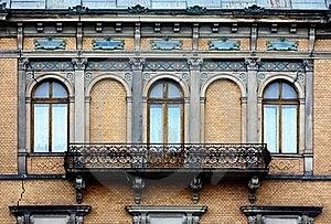 Vecchio Balcone Lungo Immagini Stock - Immagine: 20459074