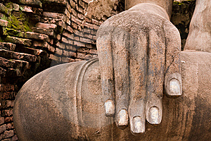 Hand Of Buddha Statue On Right Royalty Free Stock Images - Image: 20480699