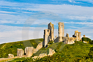 Ruins Of Corfe Castle Royalty Free Stock Photo - Image: 20500445