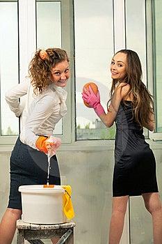 Glamour Girls Washing The Window Stock Photo - Image: 20546200