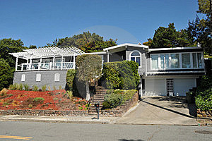 Single Family House Two Story With Driveway Stock Images - Image: 20573744